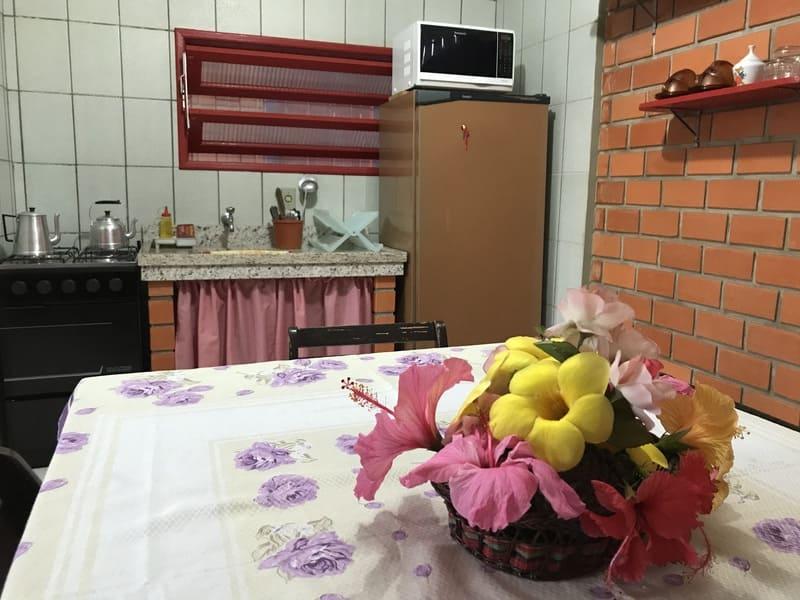 Cozinha Apartamento 4 ou 5 pessoas - Residencial Araras, Praia de Ponta das Canas, Florianópolis, Brasil
